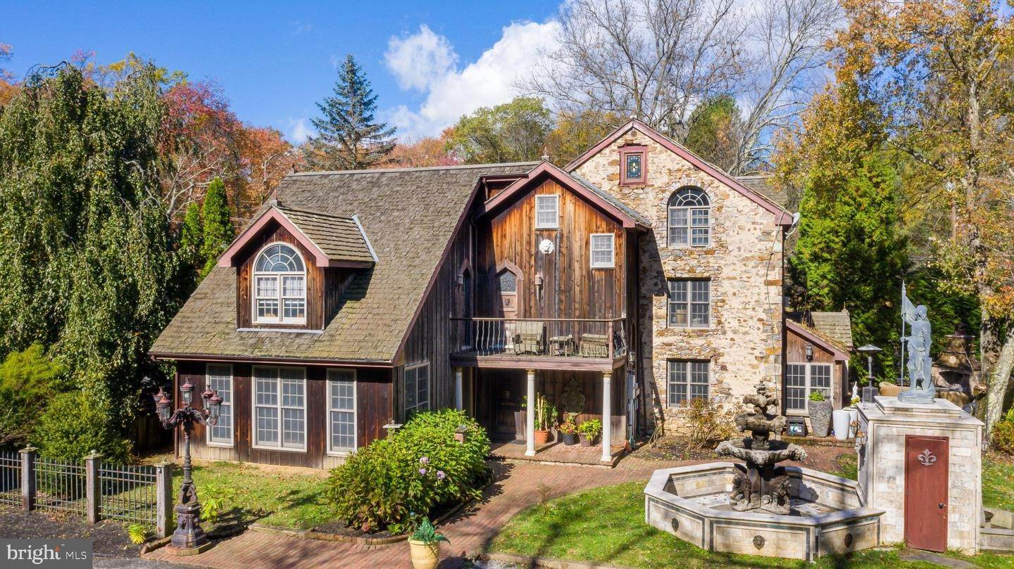 Residential for Sale at 7354 SAINT PETERS Road Macungie, Pennsylvania 18062 United States