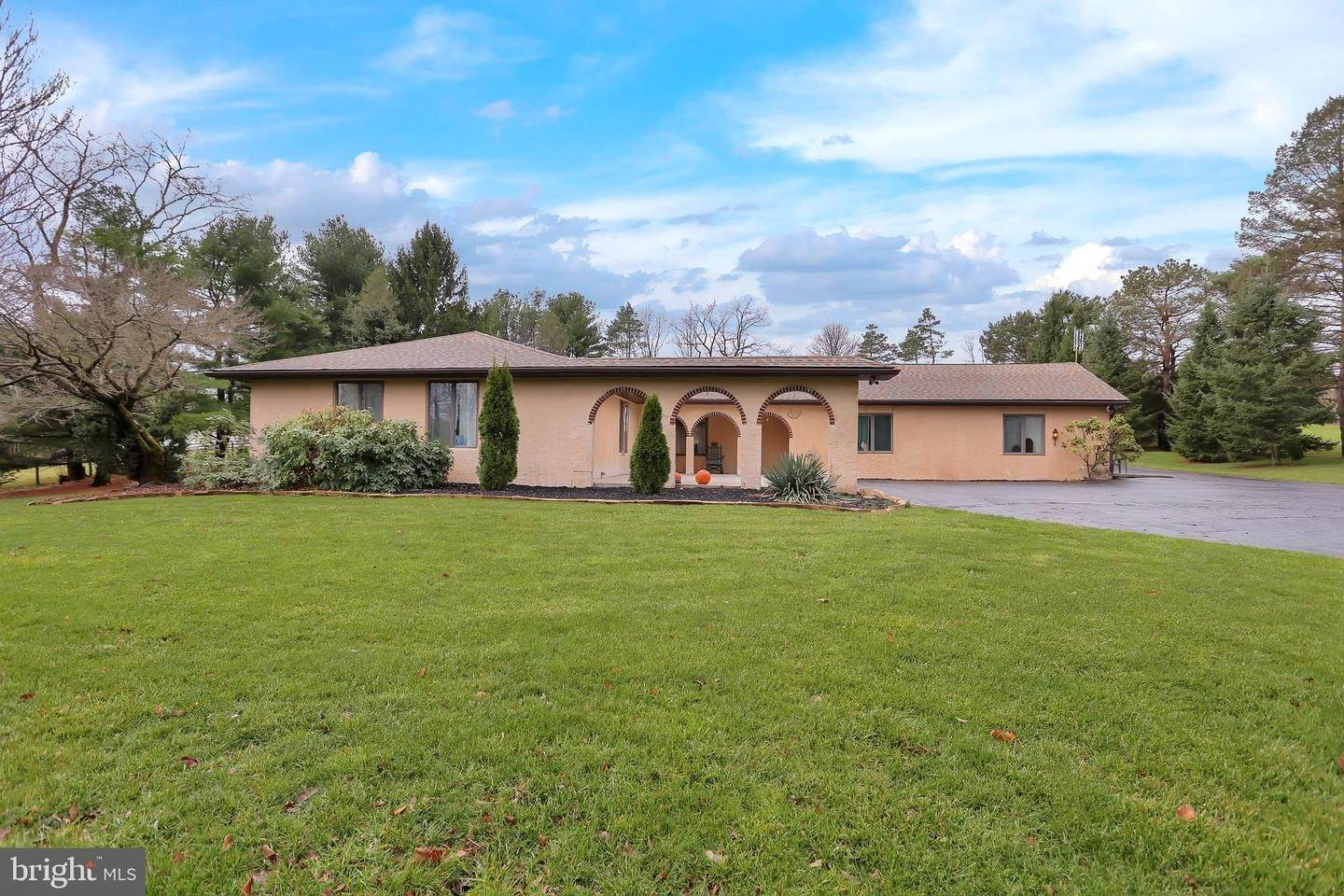 Residential for Sale at 3088 SEISHOLTZVILLE Road Macungie, Pennsylvania 18062 United States